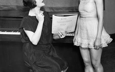 הקליינט הלא רציונאלי – מי אמר שצריך סיבה בשביל ללמוד לשיר?